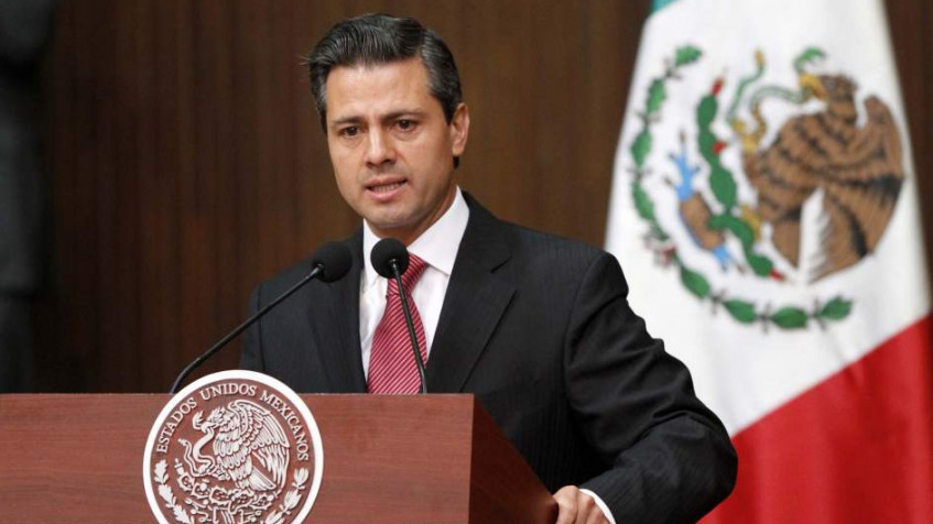 Mexican president cancels US visit over Trump's order to build border wall