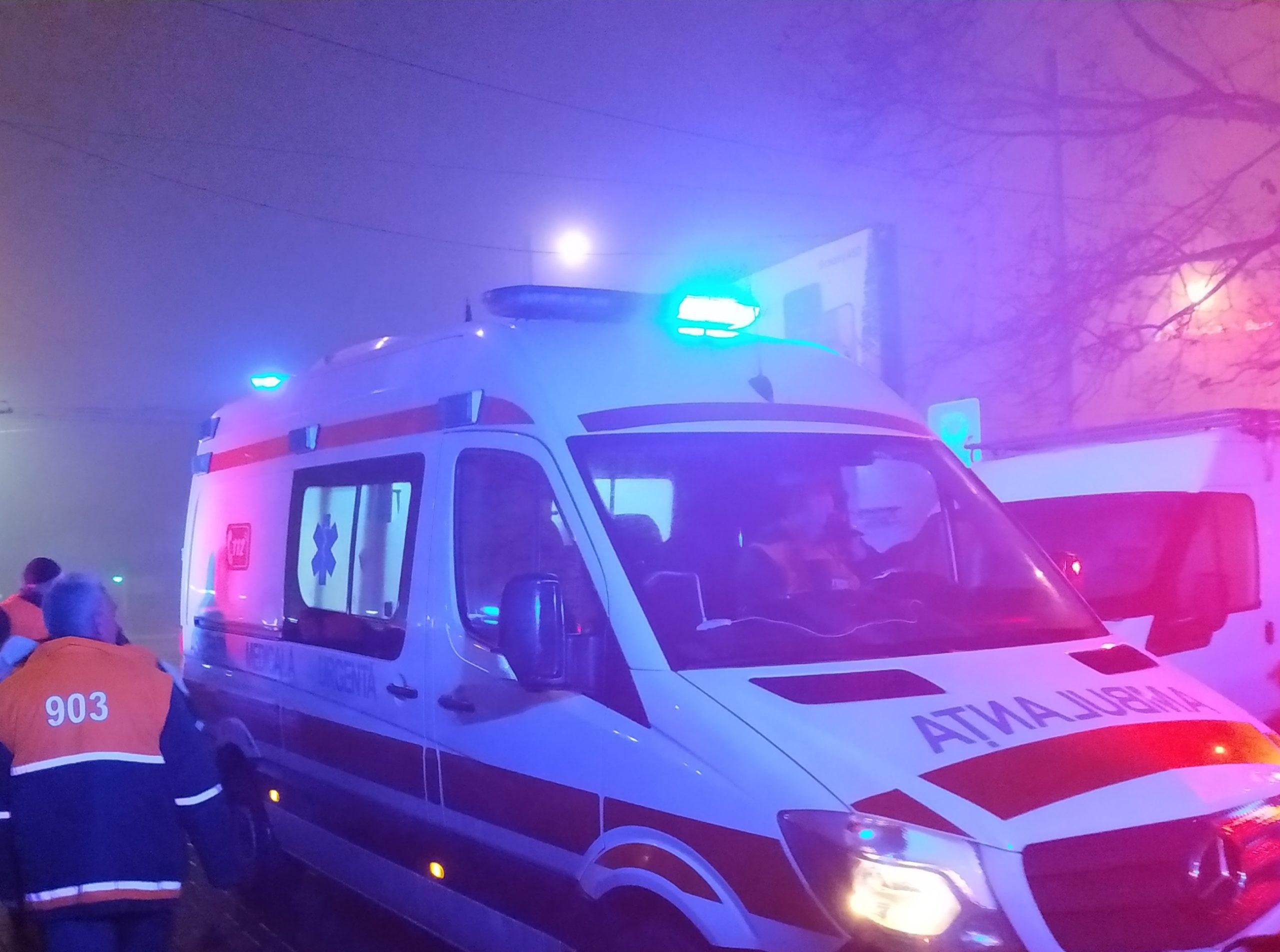 Мать нашла своего 20-летнего сына повешенным в квартире в Бельцах