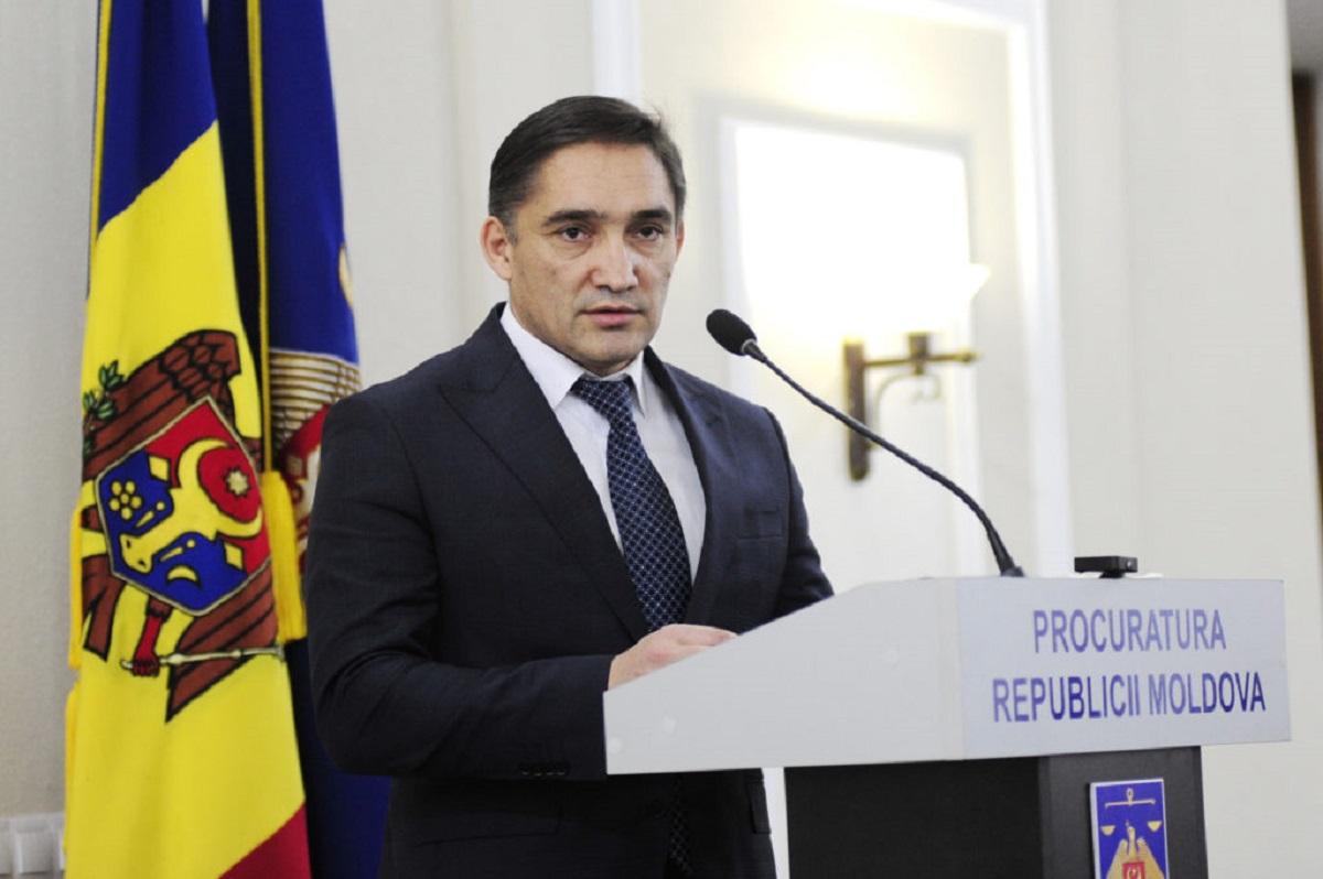 СМИ России: Генпрокурора Молдовы Стояногло заподозрили в отмывании российских денег
